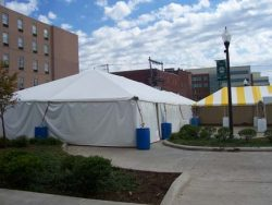 c_pop_Frame-tent-secured-by